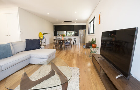 Bottlebrush Lodge Bundeena Living Room